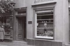 Geschäft 1933